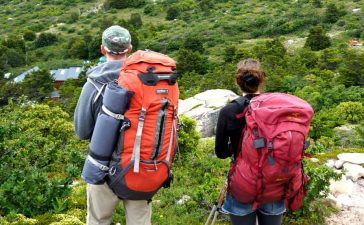 How to Pack for Hiking Travel (2)